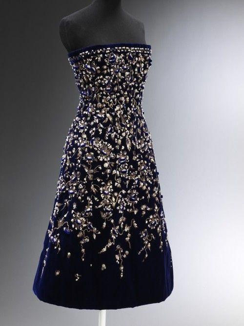 Bosphore Christian Dior, 1956, via The Victoria & Albert Museum.