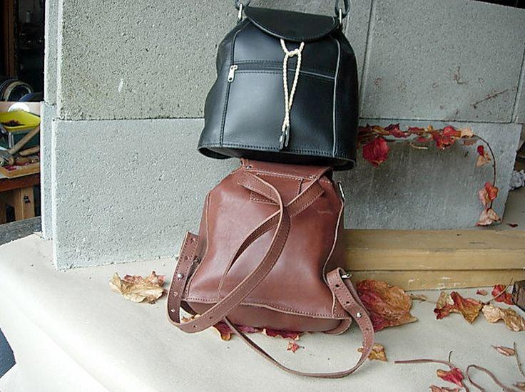 kabelka batoh batůžek na dva způsoby jednak klasický batoh - nebo kabelka s řemenem přes rameno.závisí na způsobu zavěšení nosného řemene.rychlá jednoduchá změna. rozměr 25x23x13 cm,zvenku a uvnitř zavěšenázipová kapsa z vepřovice materiál silná lícová hovězina poloměkká v barvě černé a hnědé, jiné barvy na zakázku.