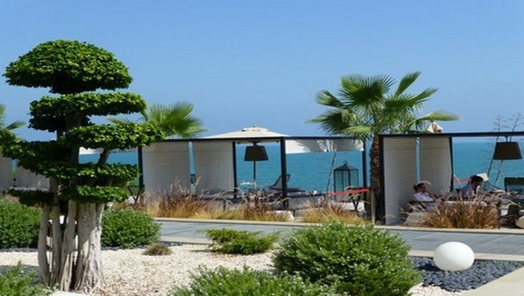 Détente avec vue sur la mer au Mövenpick Hotel Gammarth à Tunis (Photo Catherine Gary)