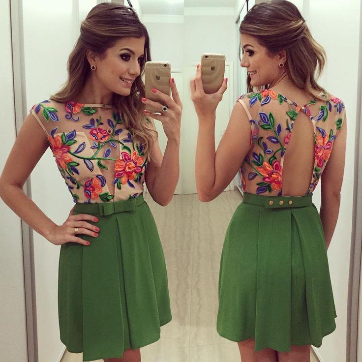 De hoje!! Vestido @finnastore Porque o aniversariante ama me ver de verde! #aniversariodomarido #lookdanoite #lookofthenight #ootn #selfie #blogtrendalert
