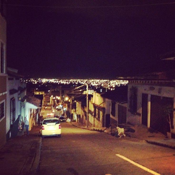 Vista de la cuidad desde el barrio san antonio cali for Barrio el jardin cali colombia