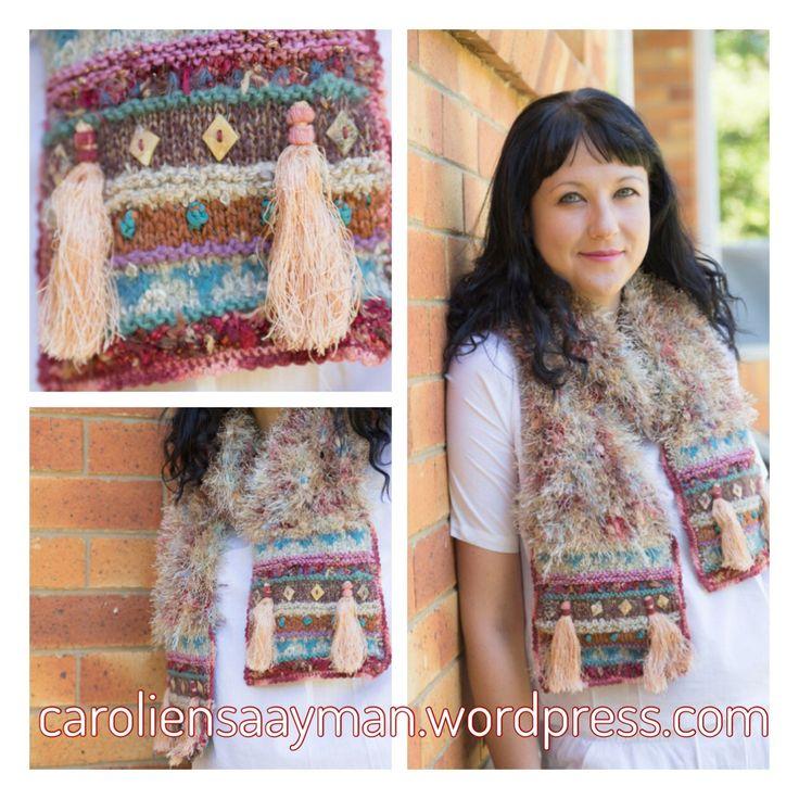 Coral reef scarf caroliensaayman.wordpress.com #wearableart #knittersofinstagram #knittersoftheworld #knittinglove #knitting #knittingdesign #caroliensaayman #scarf