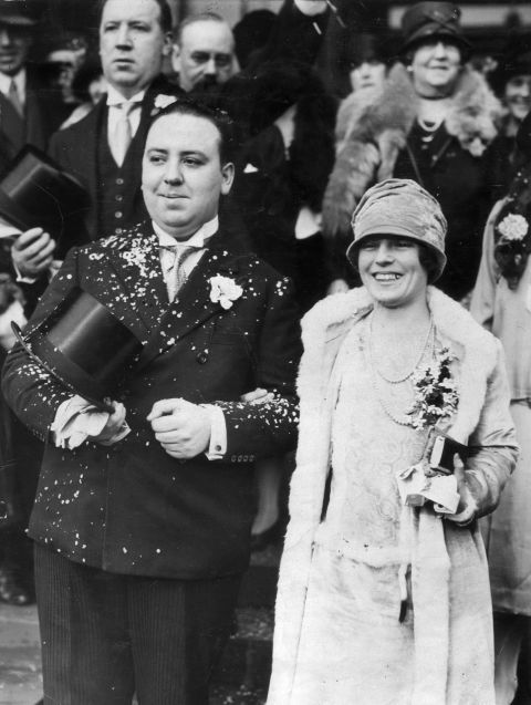 In 1926 Alfred Hitchcock married Alma Reville.