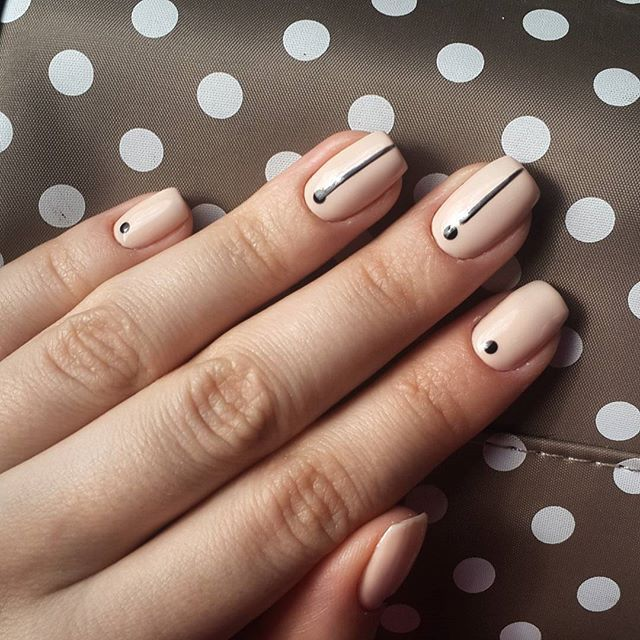 45 Minimalist Nail Art Ideas to Keep It Simple the Rest of Summer