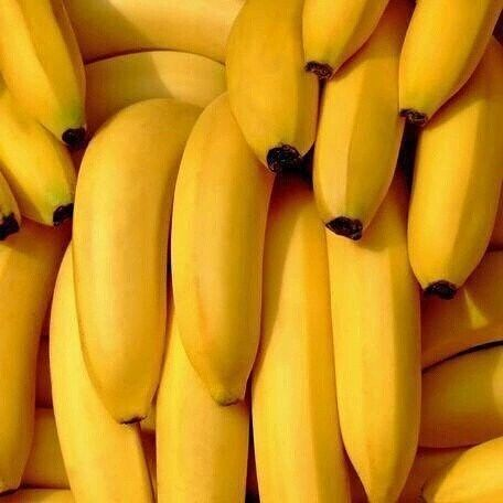 why are these bananas prettier than me smh