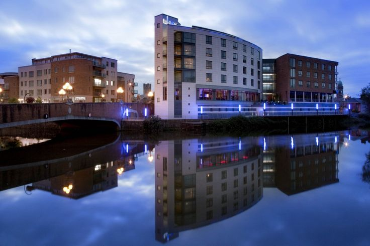 Absolute Hotel Limerick: Book Direct and Save €5! Our rates on our own site are better than anywhere else. We are located in the heart of Limerick City.