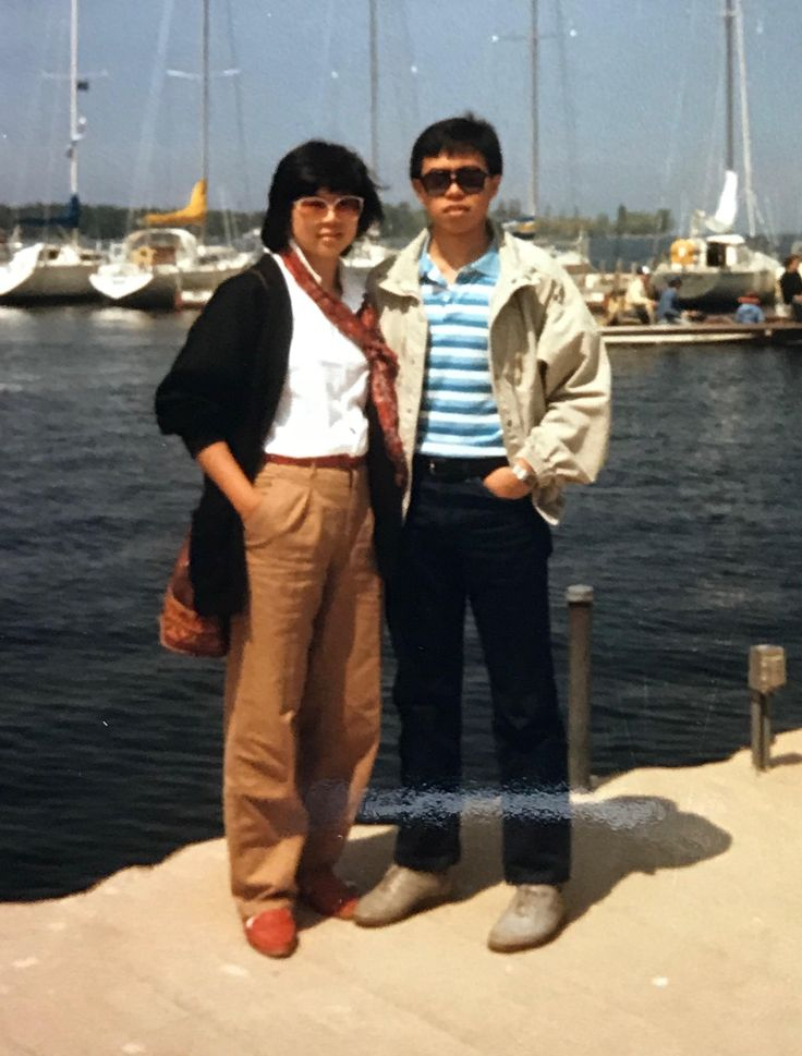 My parents in Sturgeon Bay Wisconsin - 1985 http://ift.tt/2C6uOdx