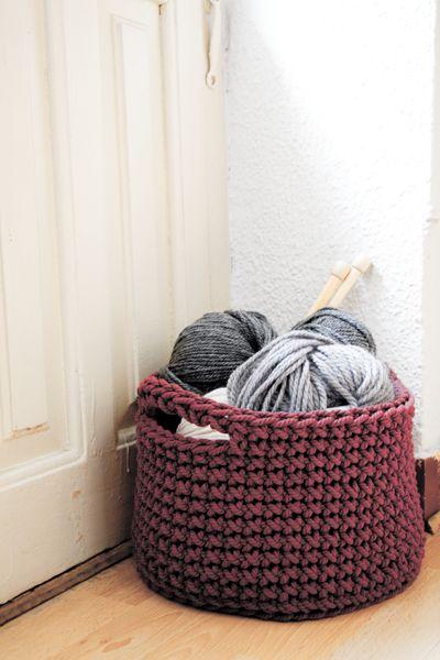 Siuke: Cesto a crochet para guardar tus labores