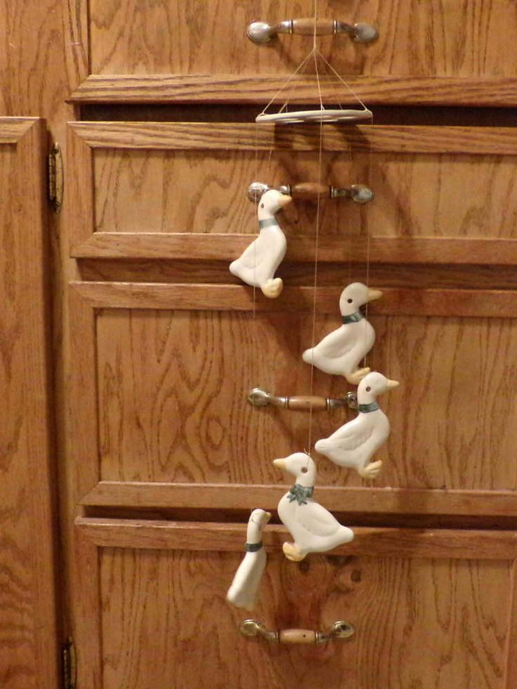 Vintage Porcelain Wind chimes, Goose wind chimes, bird wind chimes, Vintage Goose wind chimes, Farmhouse Décor, Bird decor by Morethebuckles on Etsy