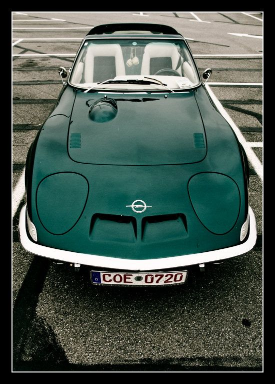 Opel GT, look at the gorgeous line on this car.