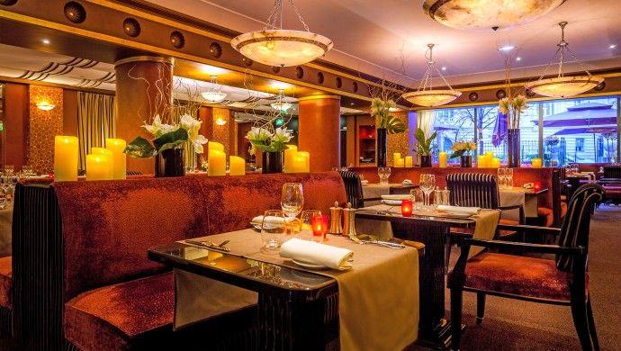 L'Hotel Du Collectionneur, Paris.  The large brasserie-style restaurant Le Safran serves traditional French cuisine.