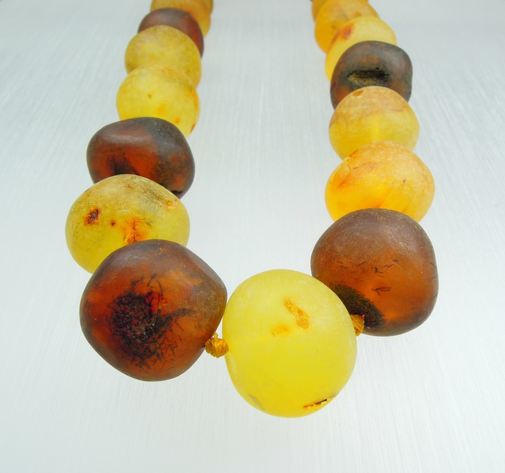Amber necklace/frosted