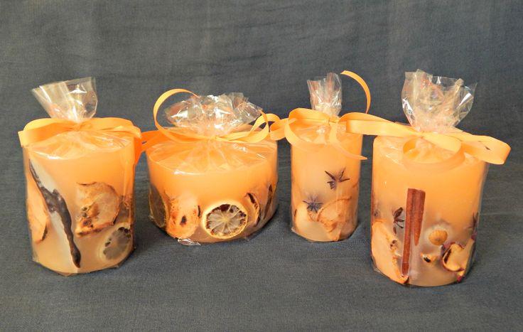Με άρωμα βανίλιας, όλη η σομόν σειρά με τους καρπούς, τις κανέλες, τα αποξηραμένα φρούτα. Ιδανικά για επαγγελματικό δώρο, ταιριάζουν σε όλους τους χώρους.  http://www.kirofos.gr/