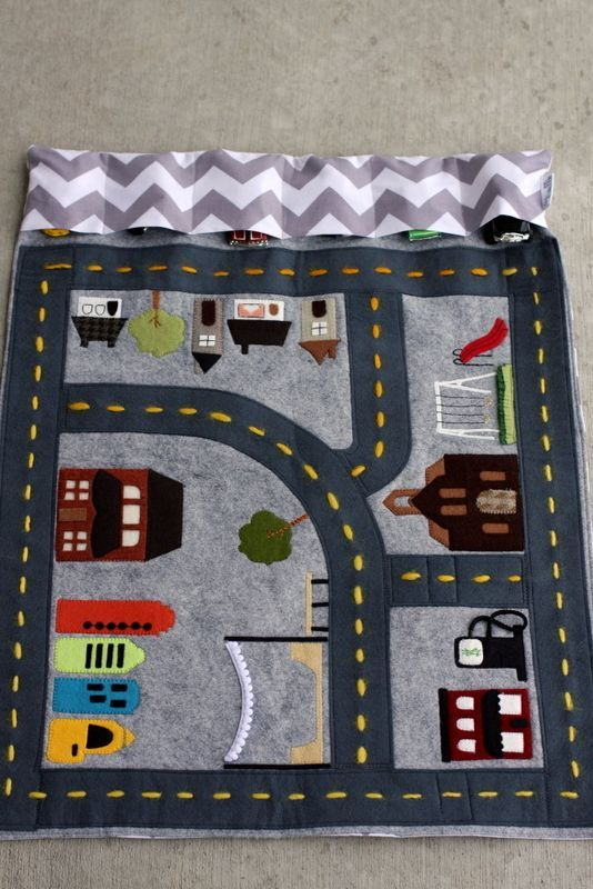 Felt car mat for kids. So fun