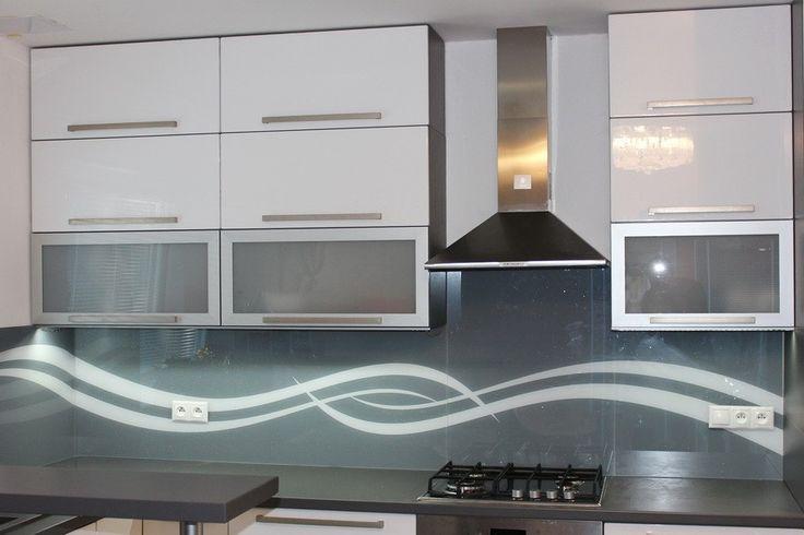 Sklenená kuchynská zástena LKZ - 303
