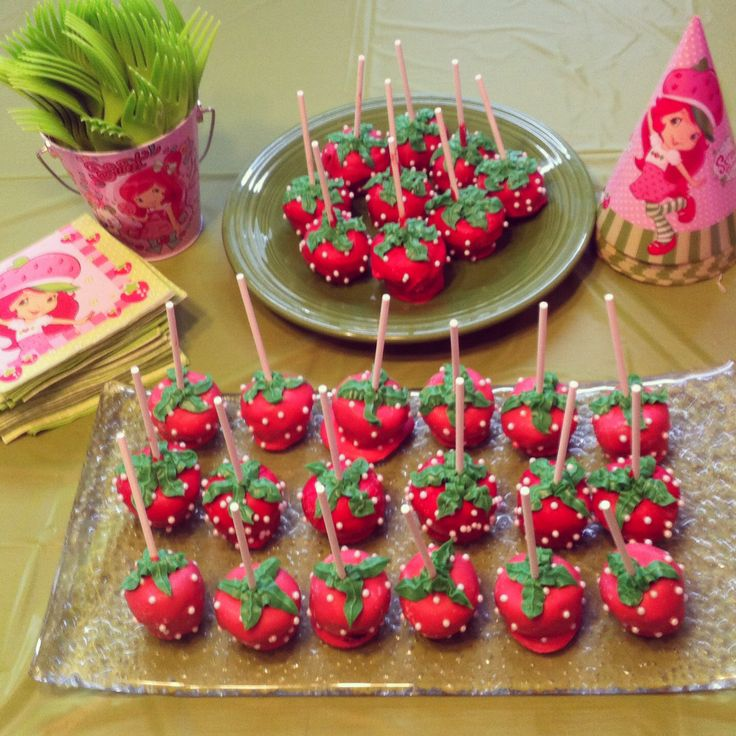 Strawberry Shortcake cake pops | Cake pops | Pinterest