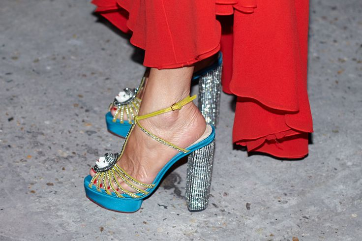Anna Dello Russo is wearing a fantastic pair of shoes ...