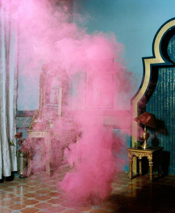 eye on: Max Pinckers - India pics - powder