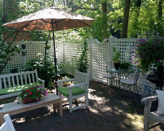 Wonderful Lattice Screen Designs: Privacy Fence With Gate Traditional Patio Lattice Screens Surround Patio To Provide Semi Privacy And Defines Outdoor Space Cedar Lattice Panels With Curved Gat ~ moabc.net Exterior Designs Inspiration