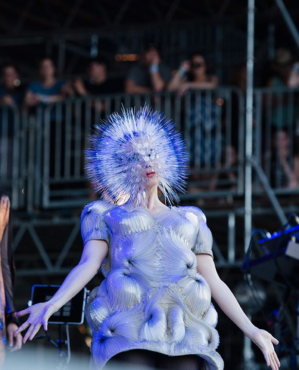 Maiko Takeda, millinery, jewellery, projects and exhibitions