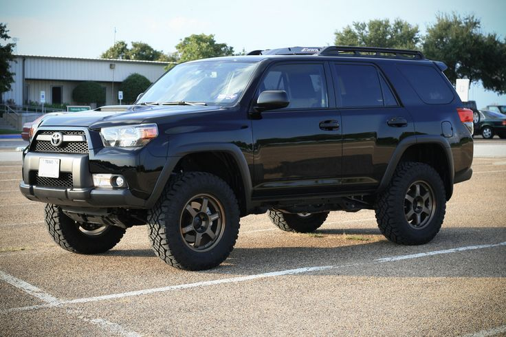 2010 Toyota 4runner - Lifted with Duratracs