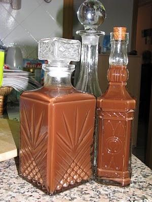 Licores de chocolate e chocolate com piripiri