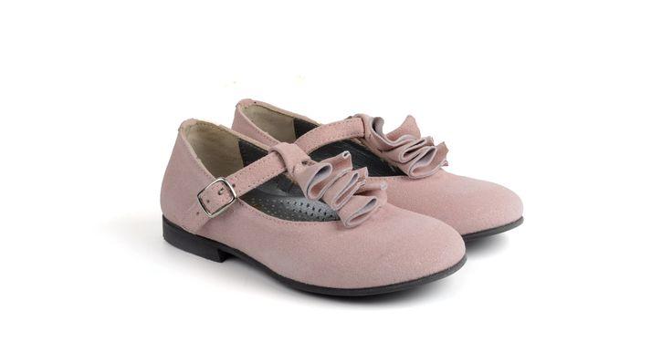 320/Camoscio Rosa Ballerina in camoscio rosa, suola in cuoio. #galluccishoes #kids #shoes #ballerine #camoscio #girl #SS16