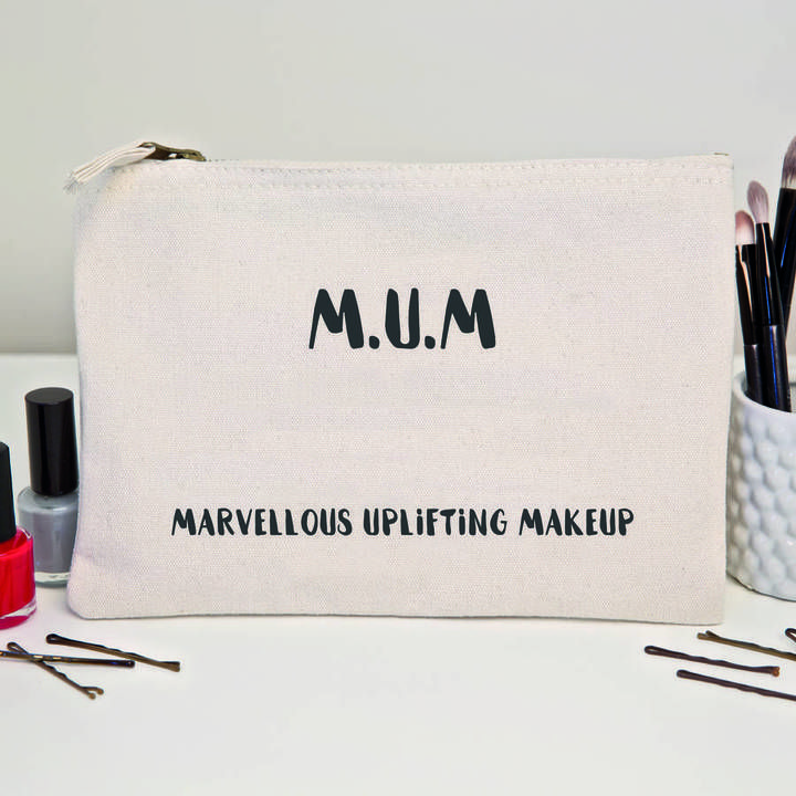 Slice of Pie Designs 'M.U.M' Mother's Day Makeup Bag   #aff #fashion #dresslikeamum #mumfashion #fbloggers #mbloggers