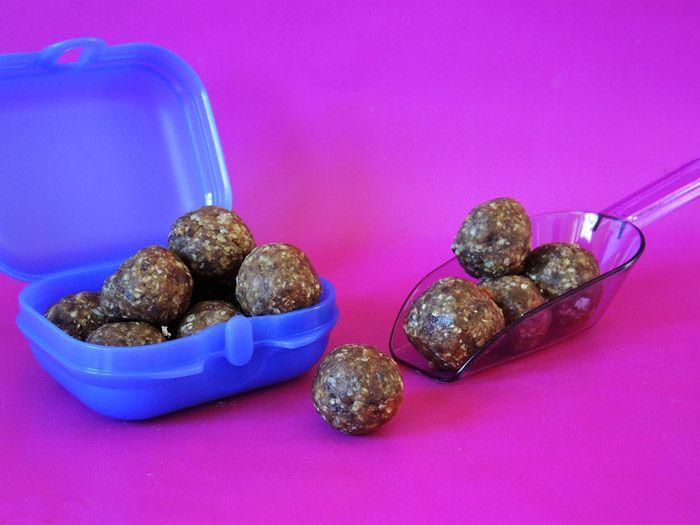 Σχετικά άρθρα: Μπάρες ενέργειας Σοκολατένια Quaker-όπιτα Ζελέ σοκολάτας Μπάρες με βρώμη και σοκολάτα Συνεντεύξεις για τους bloggers μαγειρικής στον Αθήνα 984 Μους σοκολάτα με ελαιόλαδο