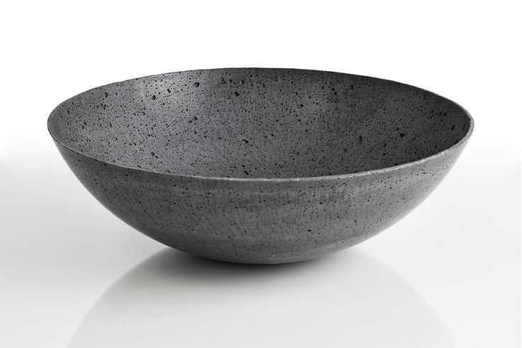 Concrete decorative bowl by Gravelli in anthracite - 3 sizes.