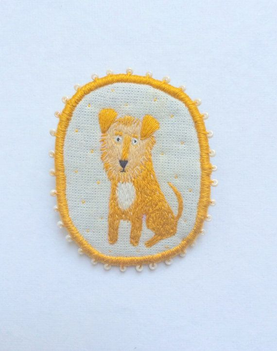 Custom Dog Portrait -  Dog Brooch hand embroidered pet jewellery by MakikoArt…