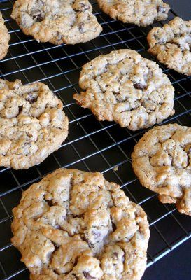 peanut butter oatmeal chocolate chipsters//I gotta leave the spices ...