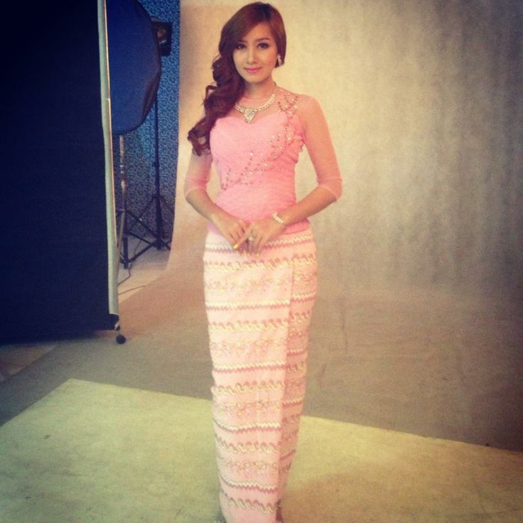 Myanmar women classy dress pink