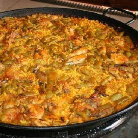 the authentic paella valenciana spain recipe paella valenciana ...