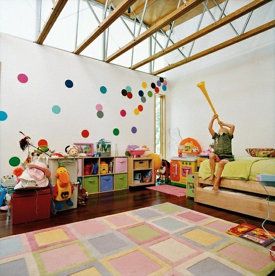 Felt wall circles - Nursery ideas