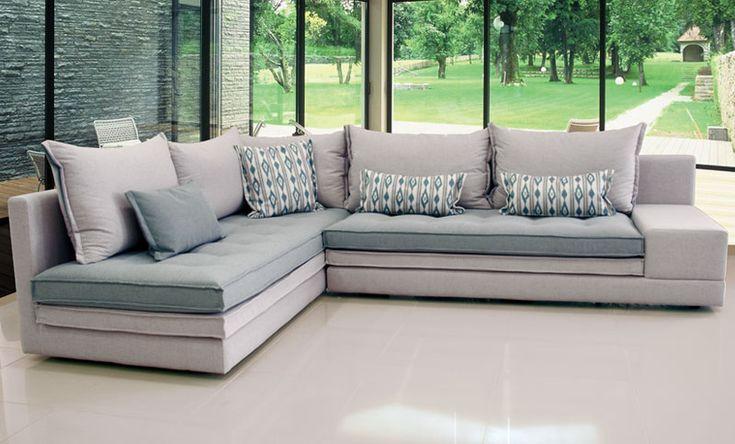 Υψηλή ποιότητα υλικών & άνεση συνθέτουν ένα must καθιστικό κατάλληλο για όλους τους χώρους. Το διπλό μαξιλάρι στο κάθισμα, θα φιλοξενήσει άκρως αναπαυτικά τους καλεσμένους σας