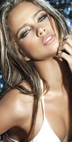 Catalina Otalvaro. Calendars of models at sexy-calendars.com