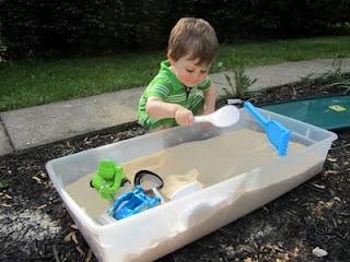 DIY Toddler Sandbox: Sandbox Easy, Sandbox Ideas, Sand Boxes, Toddler Sandbox, Diy Sandbox, Kids, Toddlers, Kid Stuff