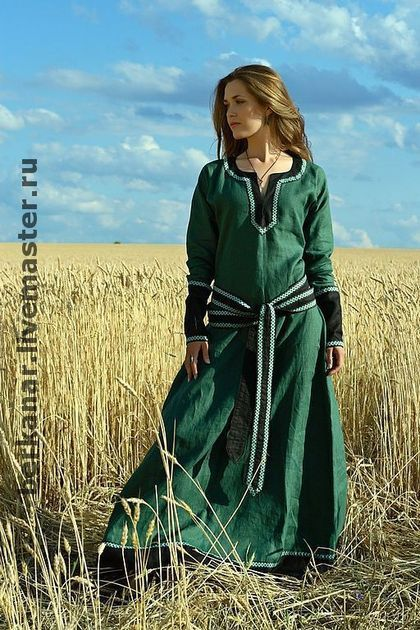 Платья ручной работы. Средневековая льняная туника с овертуникой. Berkanar Studio. Ярмарка Мастеров. Тёмно-зелёный