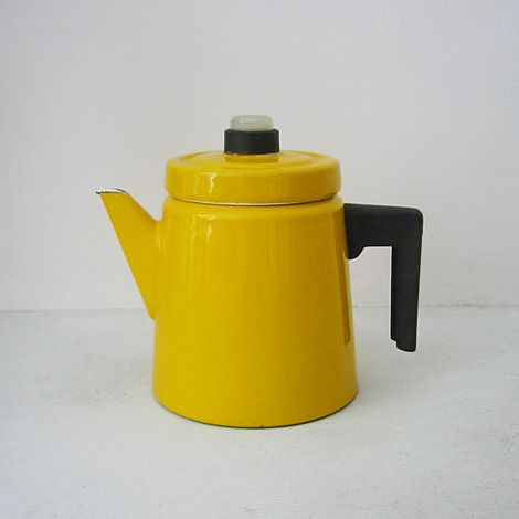 Scandinavian teapot, 1957, design Anti Numesmieni (or something like it).