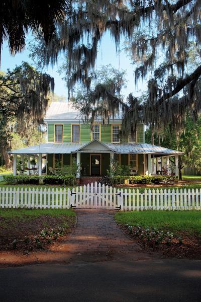 Best 25 Florida Style Ideas On Pinterest Florida Home Coastal And Diy Exterior Bahama Shutters