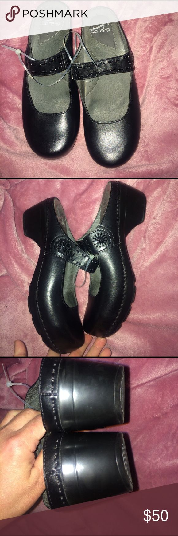 Dansko professional clogs light weight ,l100% genuine leather upper and lining , super soft and comfy for nursing job , your feet feel like walking  in The clouds , worn one time in the hospital ,they look brand new size European 40 USA size 10 , the first picture describe how Dansko made their shoes to be safe , healthy and convenable to our feet during long walks or all day standing up jobs Dansko Shoes Mules & Clogs