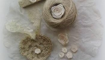 Crochet heart made with twine - Cuore all'uncinetto di spago