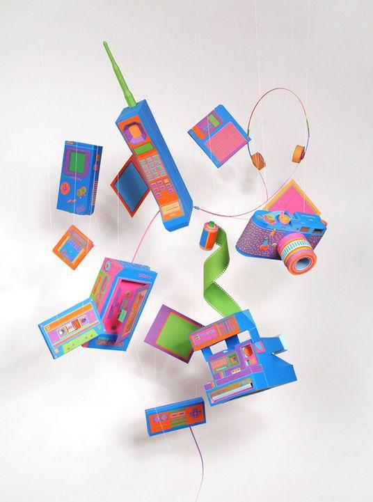 ZIM AND ZOU - 用彩色紙張復刻上個年代的科技產品