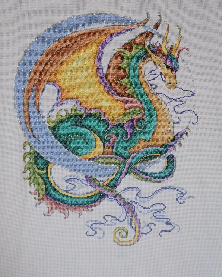 Crescent Moon Dragon by ~Magairlin89 on deviantART