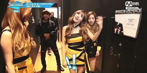 Taehyung copying Tiffany! lol