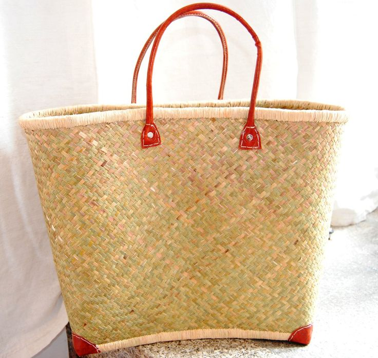 Basic Basket (on sale, before 17€) via Casa do Arco . Click on the image to see more!