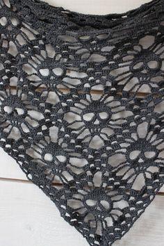 skull shawl - free pattern