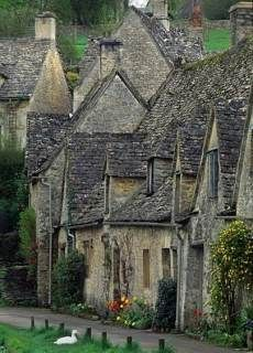 "Quaint stone cottage designs take on many forms  --  many of which are inspired by the picturesque architecture of the Cotswolds, a   range of hills in west-central England (""Dr. Doolittle"" territory)."
