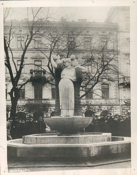 Monument of Gratitude to the United States of America, Xawery Dunikowski, 1920
